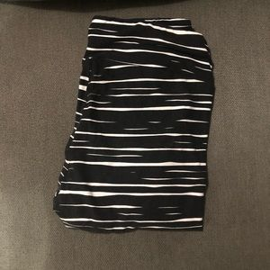 Lularoe T/C Leggings -  black w/white stripes